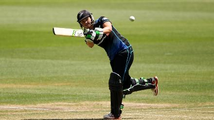 Suzie Bates of New Zealand bats during the ICC Women's Championship