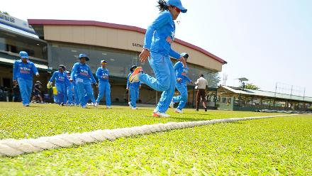 Indian players walk out