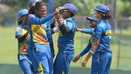 Sri Lankan players celebrate