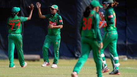 Salma Khatun celebrates Veru Frank's wicket