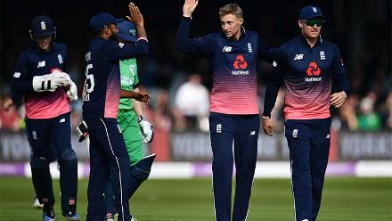 Joe Root and Adil Rashid made scoring difficult for Ireland.