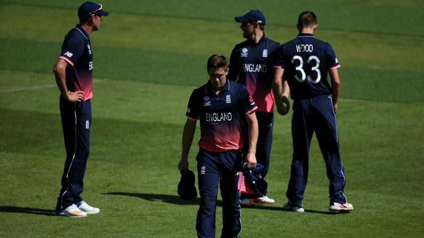Chris Woakes being ruled out of the tournament will be a very big loss for the home side