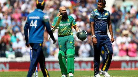 Hashim Amla became the fastest to 25 ODI centuries after scoring 103 off 115 balls