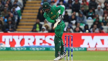 Mohammad Hafeez scored 26.
