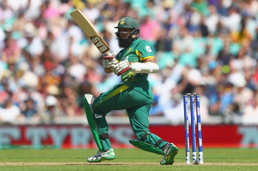 A reliable run-machine, Hashim Amla features in 33% of all entrants' teams
