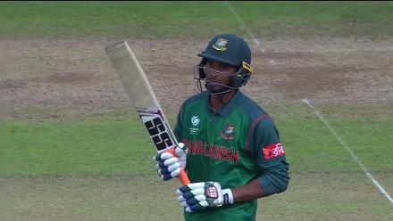 FIFTY: Mahmudullah brings up his 50