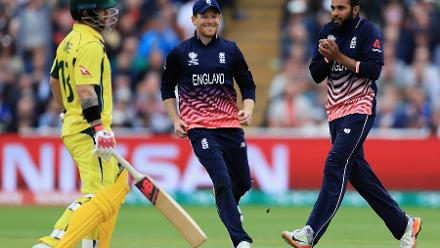 In the 44th over of the innings Adil Rashid struck twice to severely dent Australia's chances to finish with a flourish.