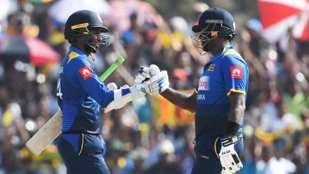 Angelo Mathews, the Sri Lankan captain, helped Tharanga add 81 for the fourth wicket and complete a series-levelling seven-wicket win.