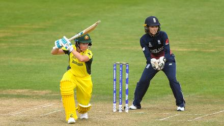 Beth Mooney got Australia off to a steady start, scoring 31 before falling to Alex Hartley.