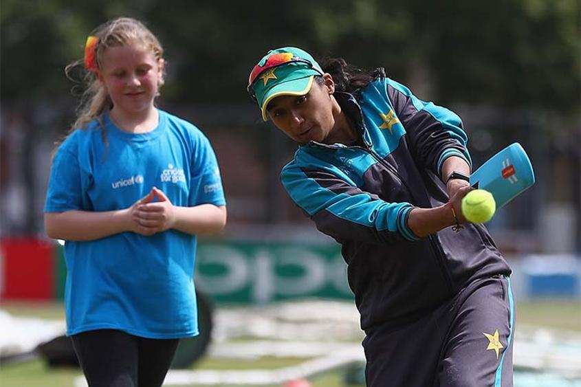Asmavia Iqbal at the Cricket for Good clinic in Leicester