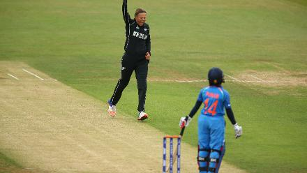 Lea Tauhu got New Zealand off to a perfect start snapping up the inform Punam Raut for 4, caught driving in the slips.