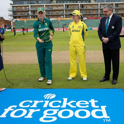 Australia won the toss and elected to bat first