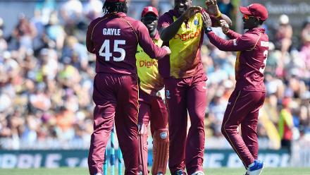 Samuel Badree finished with 1 for 22 off his four overs while Carlos Brathwaite took 2 for 38.