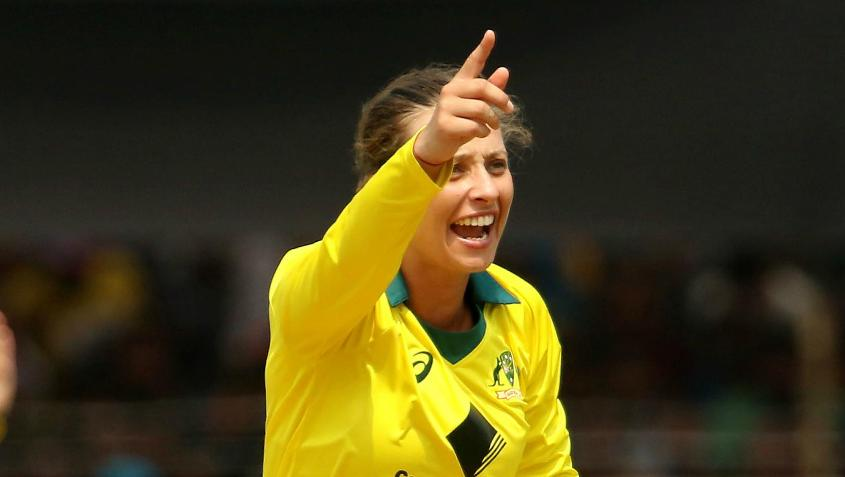 Ashleigh Gardner returned 3/39 and was the pick among the Australian bowlers