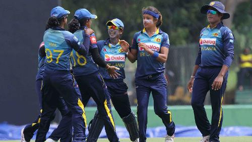 The Sri Lankan bowlers started strongly getting rid of both Pakistan openers with just 19 runs on the board