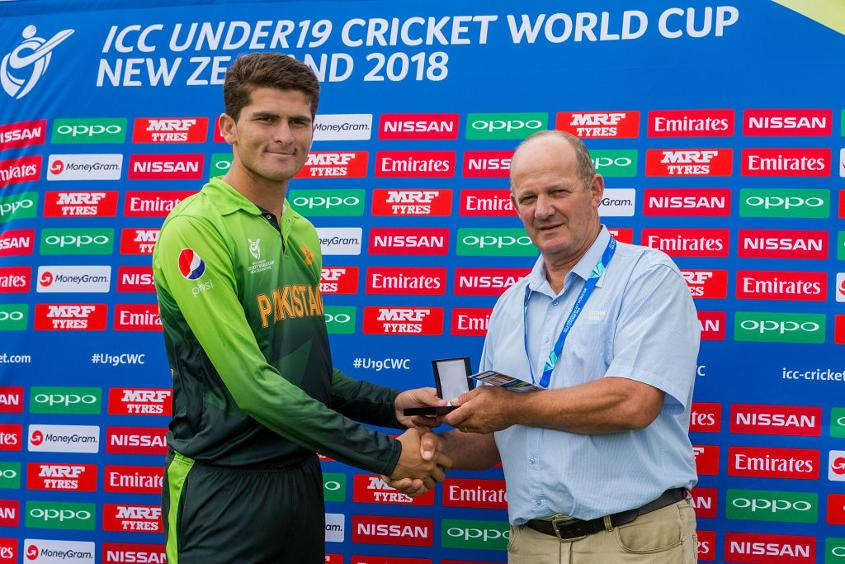 Pakistan's Shaheen Afridi receives the Player of the Match award at the ICC U19 Cricket World Cup, January 16, 2018