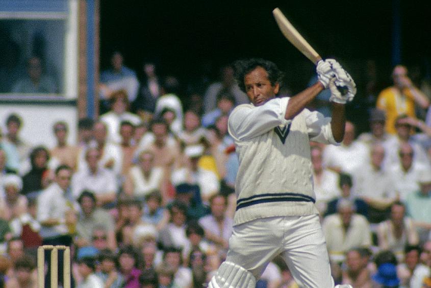 Basil d'Oliveira represented England in 44 Tests, scoring 2484 runs at 40.06