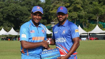 Bermuda v Malaysia: Malaysia and Bermuda captains