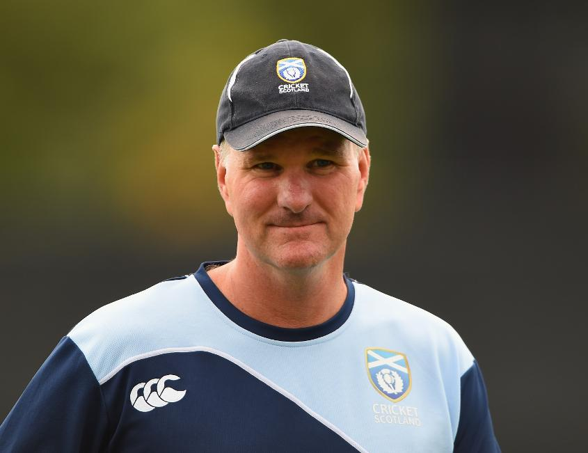 Grant Bradburn leaves his Scotland role in order to take up the Pakistan fielding coach job