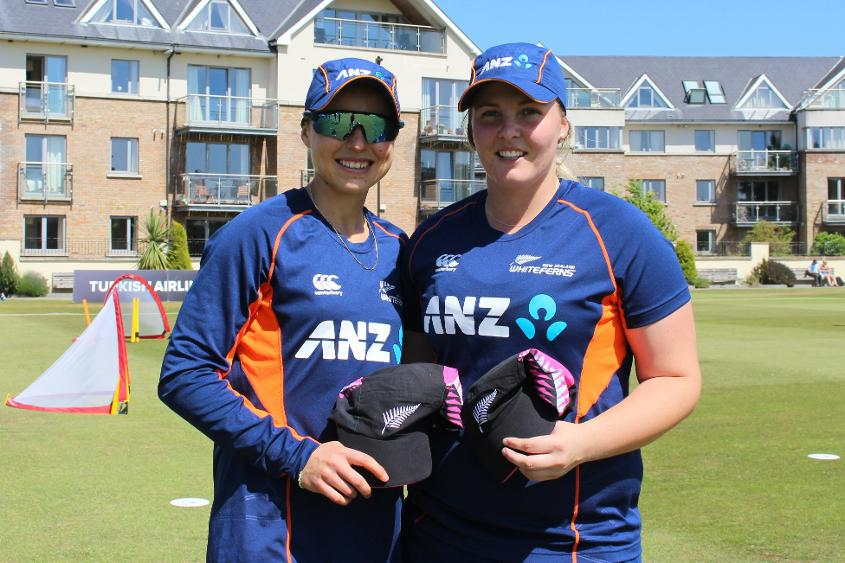 Both Bernadine Bezuidenhout and Jess Watkin shone on their T20I debut