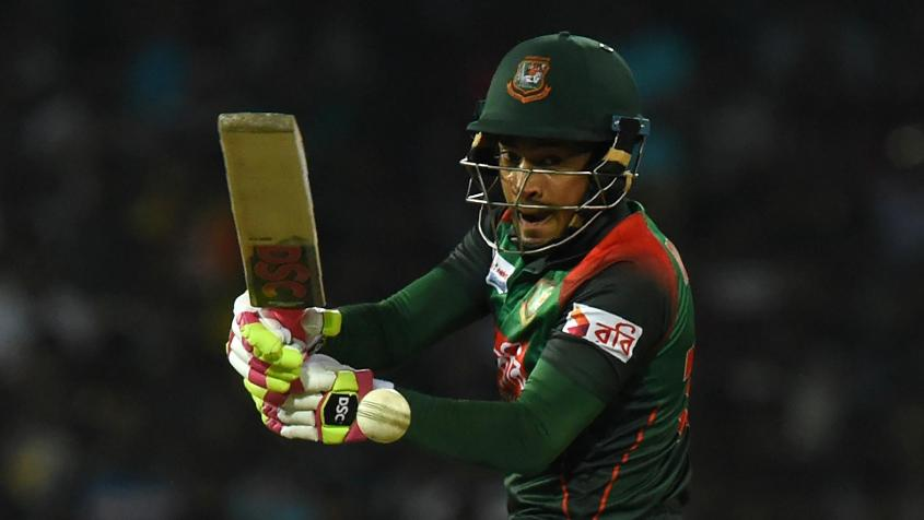 Mushfiqur Rahim almost pulled off the chase for Bangladesh before falling in the last over
