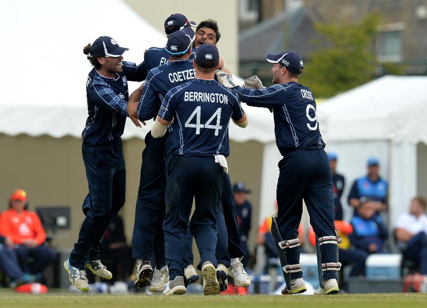 'It's certainly one of the best games of cricket I've been involved in' - Calum  MacLeod