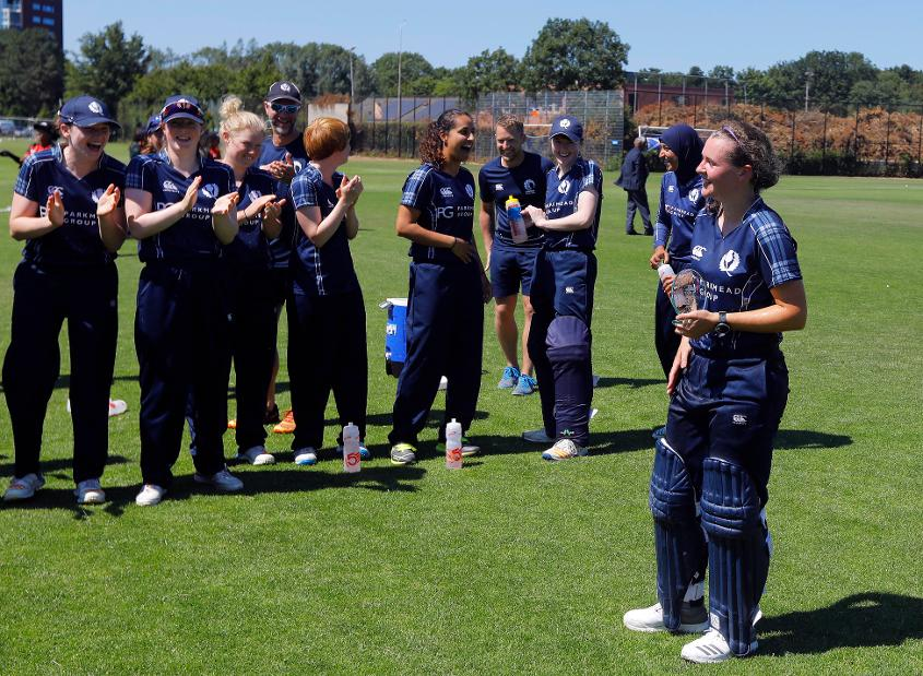 Scotland's K Bryce is the Player of the Match with her teammates after the win over PNG, 3rd Place Play-off, ICC Women's World Twenty20 Qualifier at Utrecht, Jul 14th 2018.