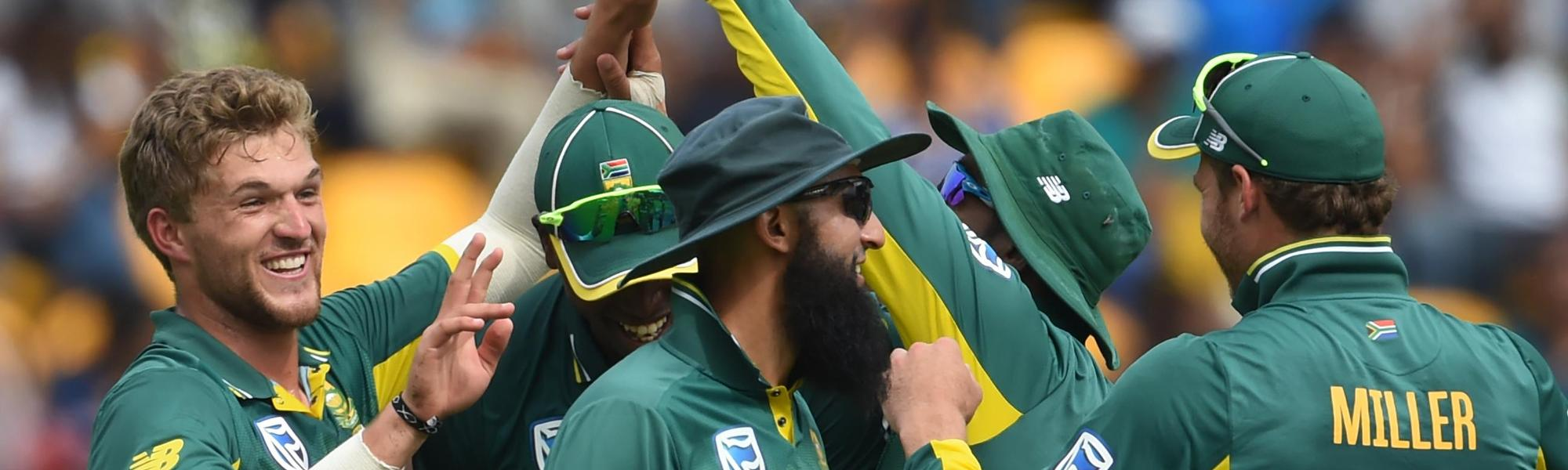 South Africa had Sri Lanka reduced to 81/4 within 12 overs