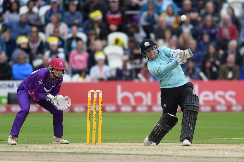 Lizelle Lee smashes one on her way to a century