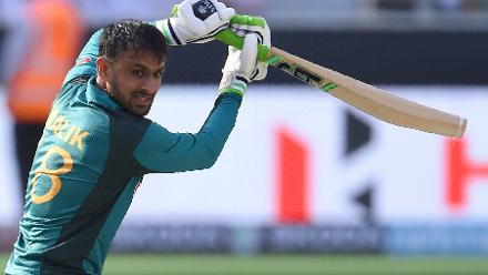 Shoaib Malik resisted with a 67-ball 43, but Pakistan's 162-run total was still sub-par