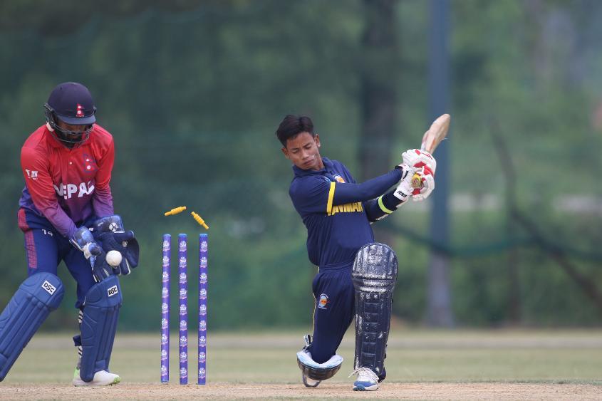 Nyein Cham Soe gets bowled