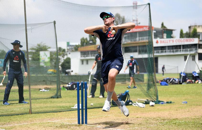 Liam Dawson bowling in the nets as England prepared to take on Sri Lanka in the ODI series