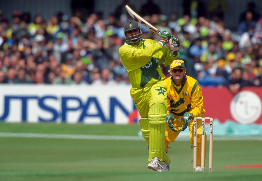 Inzamam-ul-Haq scored 81 when Pakistan met Australia at Headingley in 1999