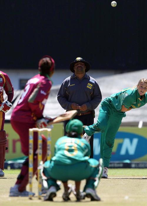 16 – Dane van Niekerk's age when she made international debut in Women's World T20 2009