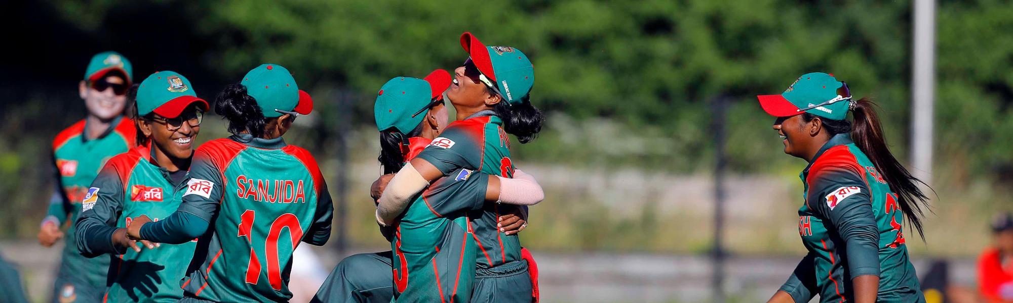 Bangladesh Players celebrate the win over Ireland,  Final, ICC Women's World Twenty20 Qualifier at Utrecht, Jul 14th 2018.