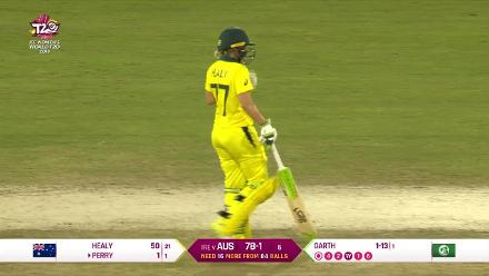 Nissan POTD - Healy smashes a six to bring up her fifty