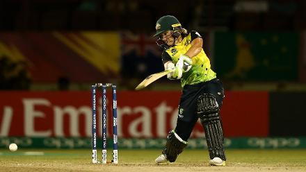 AUS v NZ: Alyssa Healy's 53 off 38