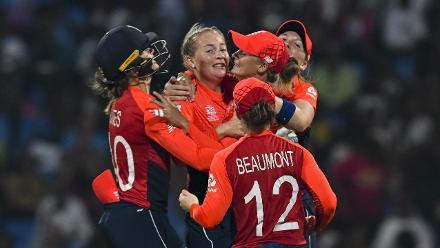 AUS v ENG: Australia wickets