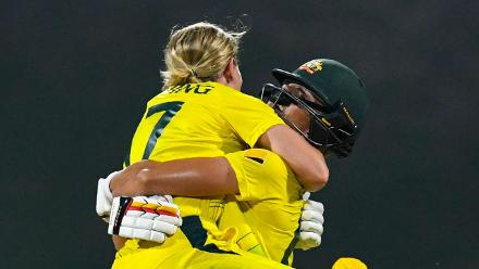 AUS v ENG: Australia innings highlights