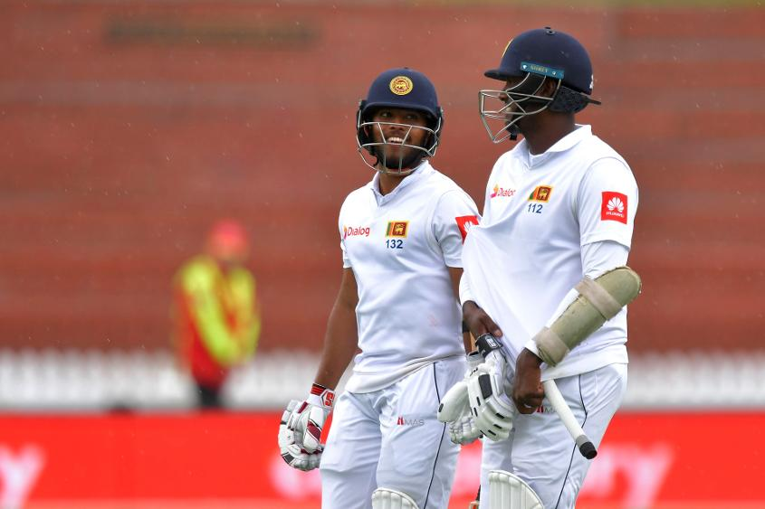 Unbeaten centuries from Sri Lanka's Angelo Mathews and Kusal Mendis denied New Zealand a win in the first Test