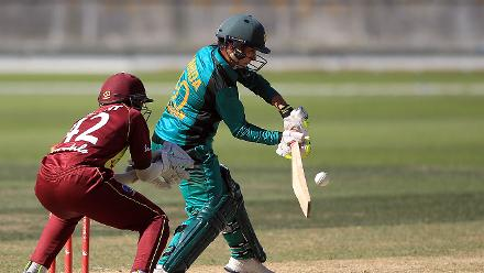 Nahida Khan top-scored for Pakistan with 23 before retiring hurt