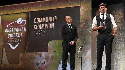 Moises Henriques won the Community Champion Award