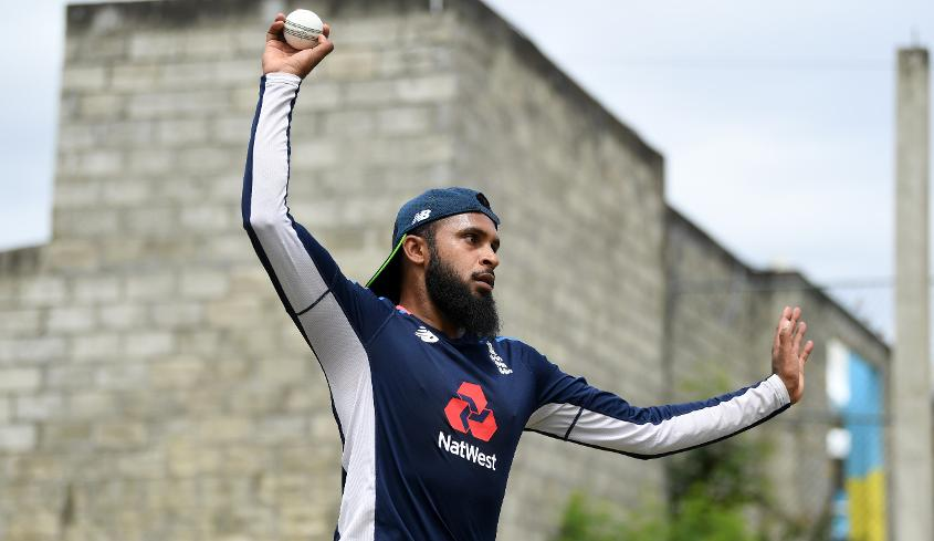 Adil Rashid moved up to No.3 on the bowlling charts