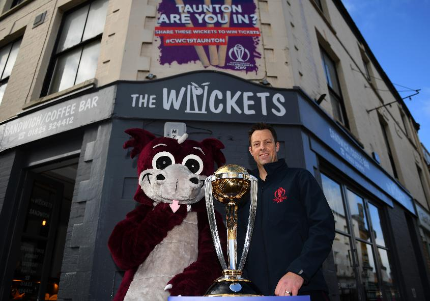 Trescothick helped launch the 'Wickets' mural in Taunton