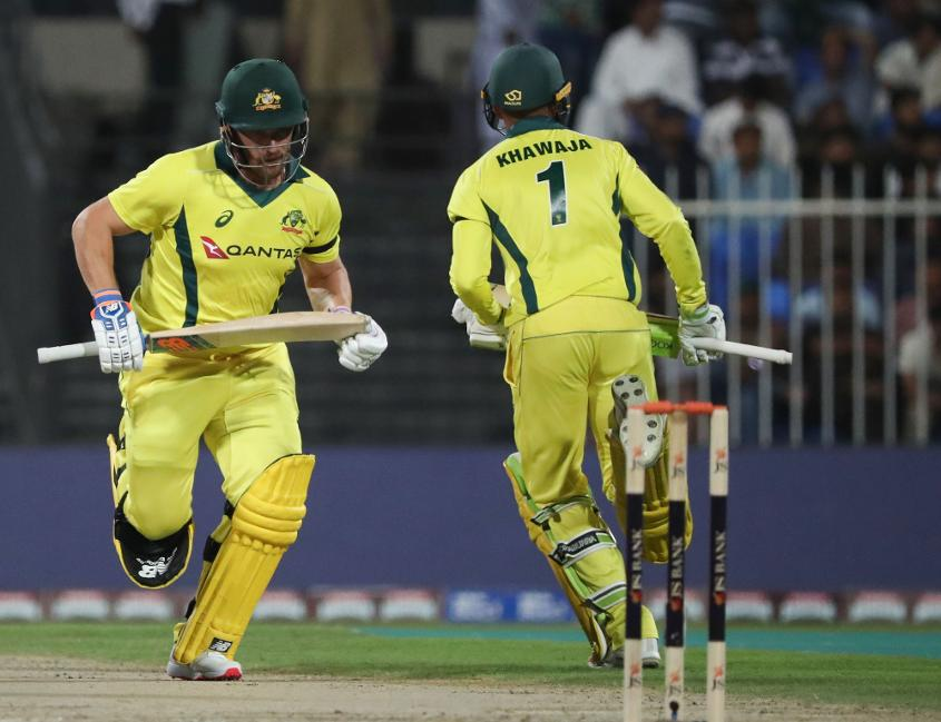 Khawaja and Finch hit top form ahead of Warner's imminent return