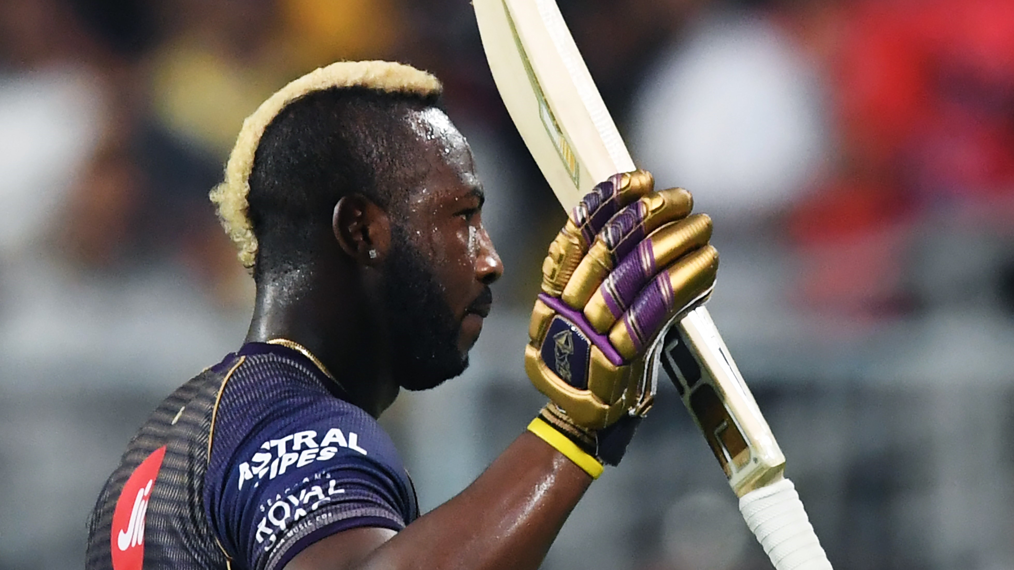 Andre Russell cashes in on fielding team slip-up