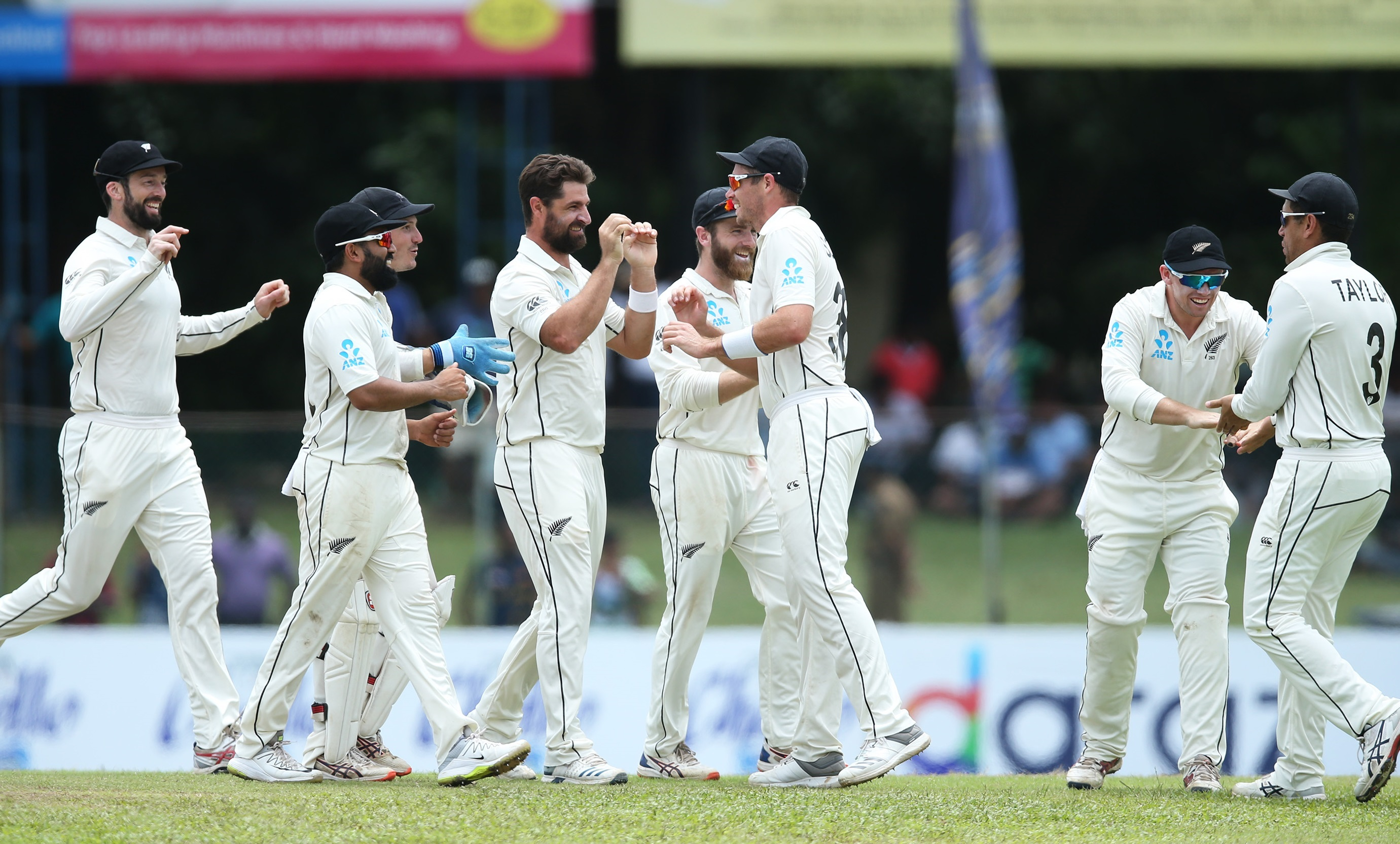 Bowlers star in New Zealand's remarkable last day win, series drawn at 1-1