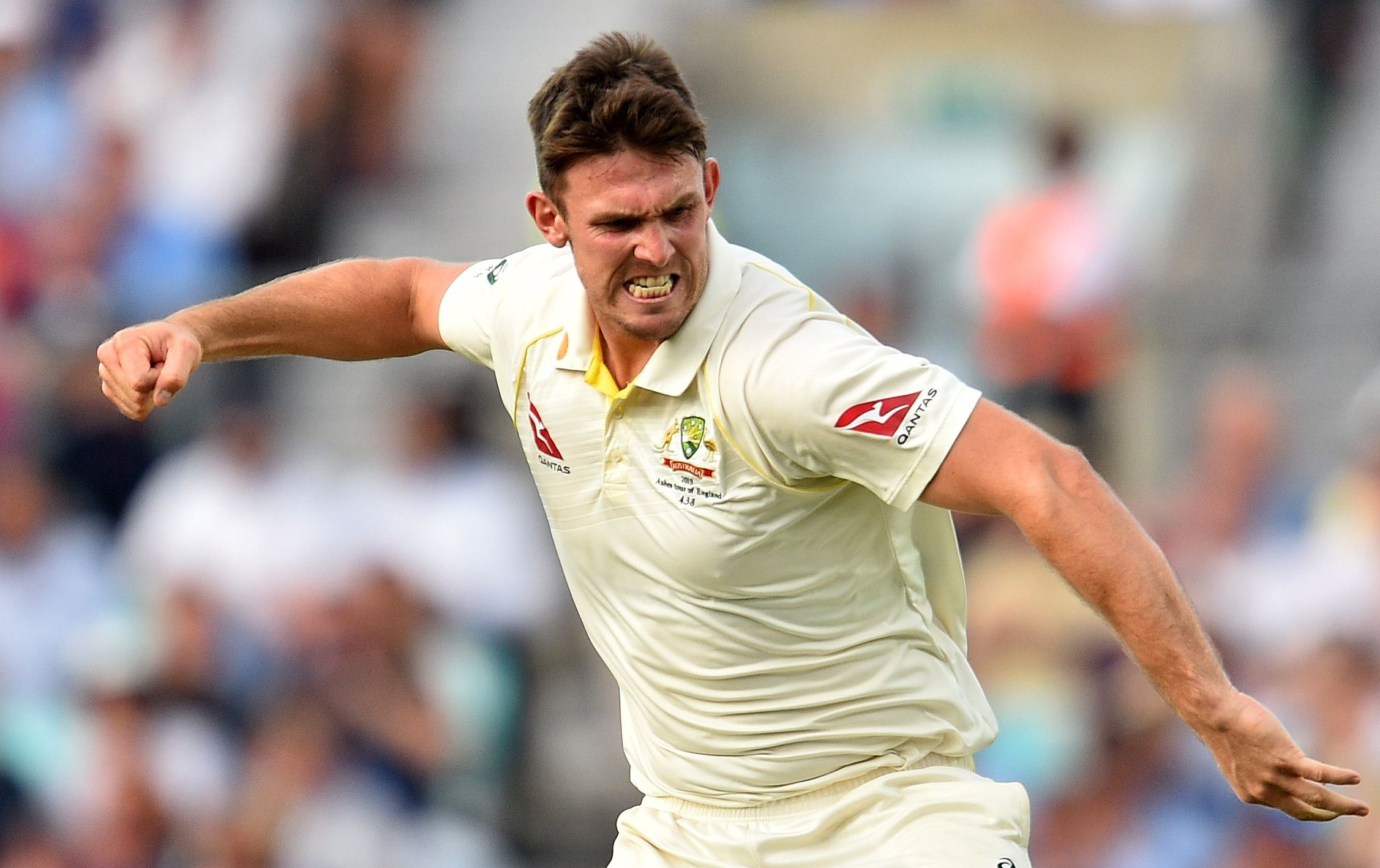 Mitchell Marsh overcomes personal demons for star act