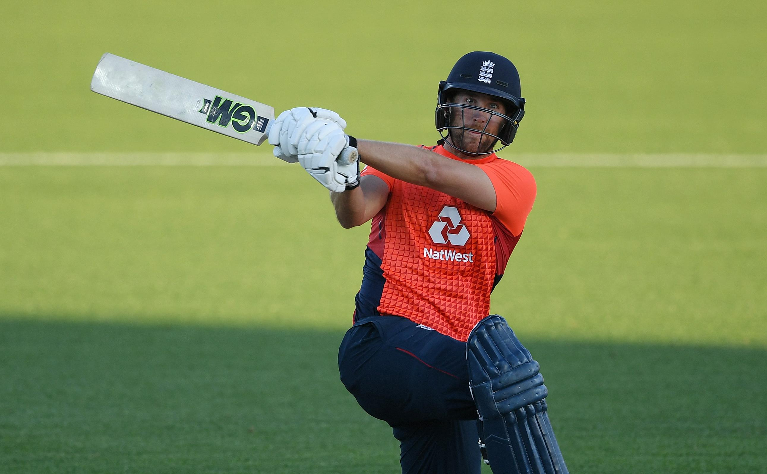 Malan and Finch move towards the top in T20I rankings