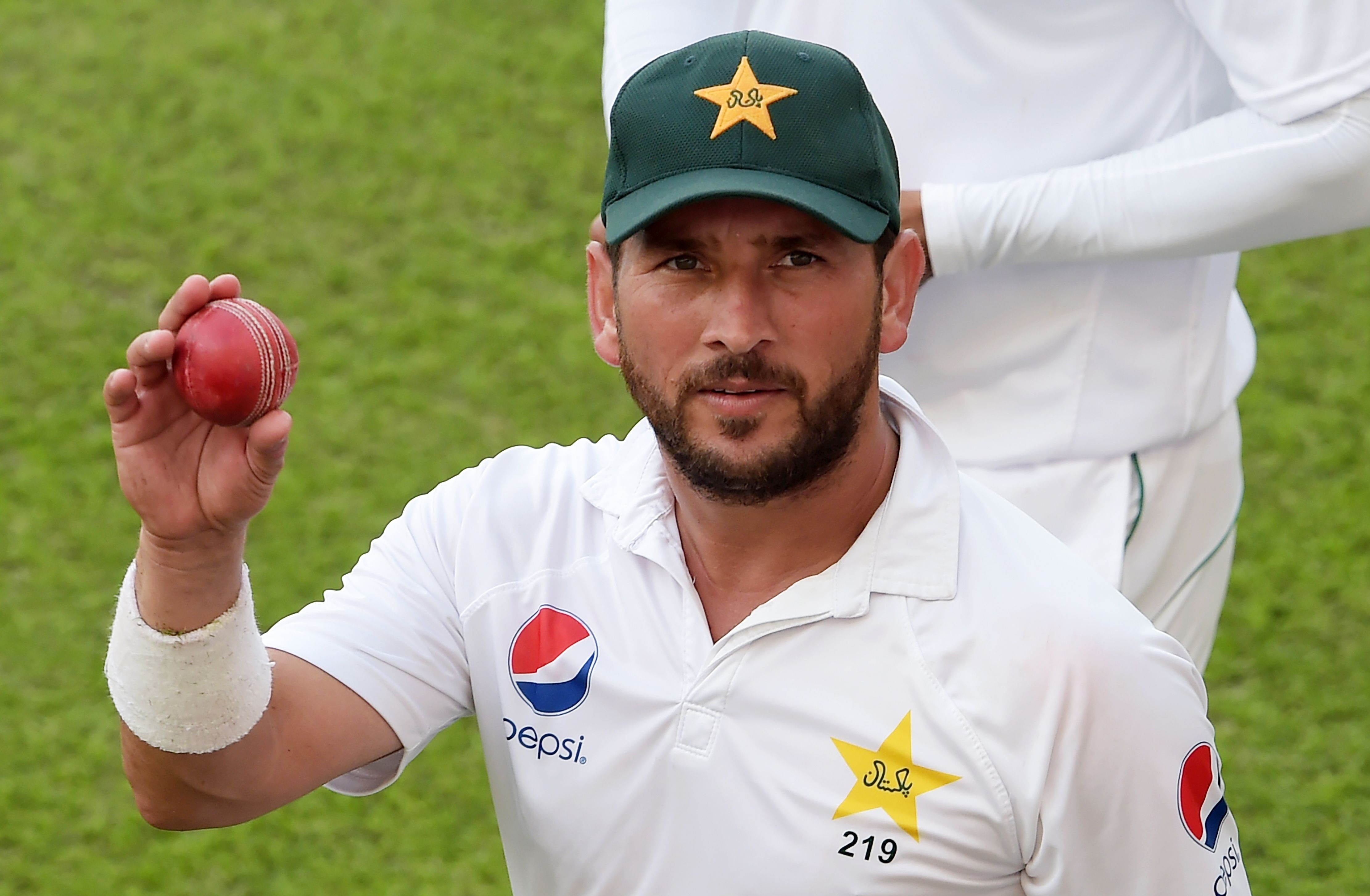 'You cannot just write him off' – Mushtaq Ahmed backs Yasir Shah to revive Test career